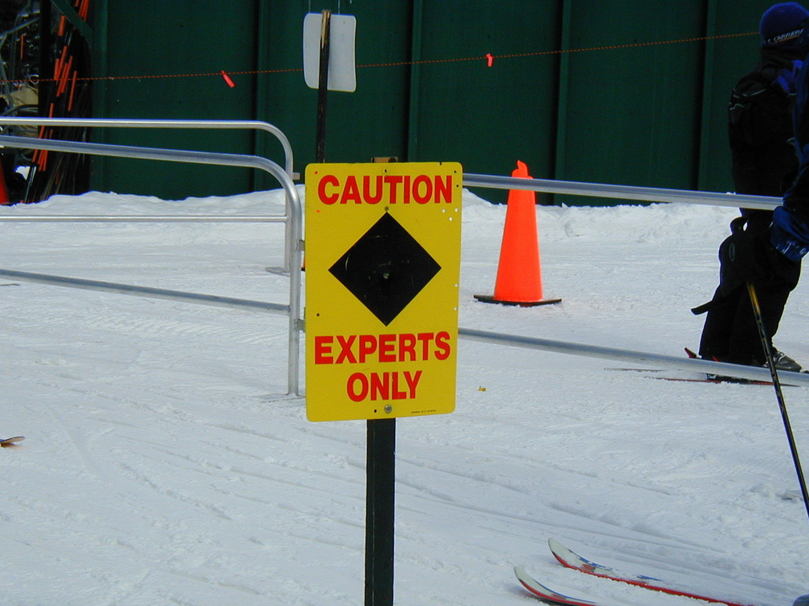Caution Experts Only Ski Sign